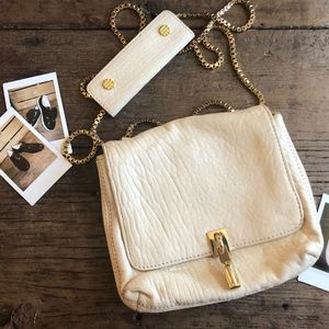 Elizabeth and James Cream Chain Bag